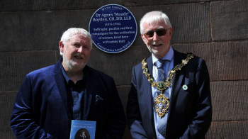Blue Plaque Honours Guild member